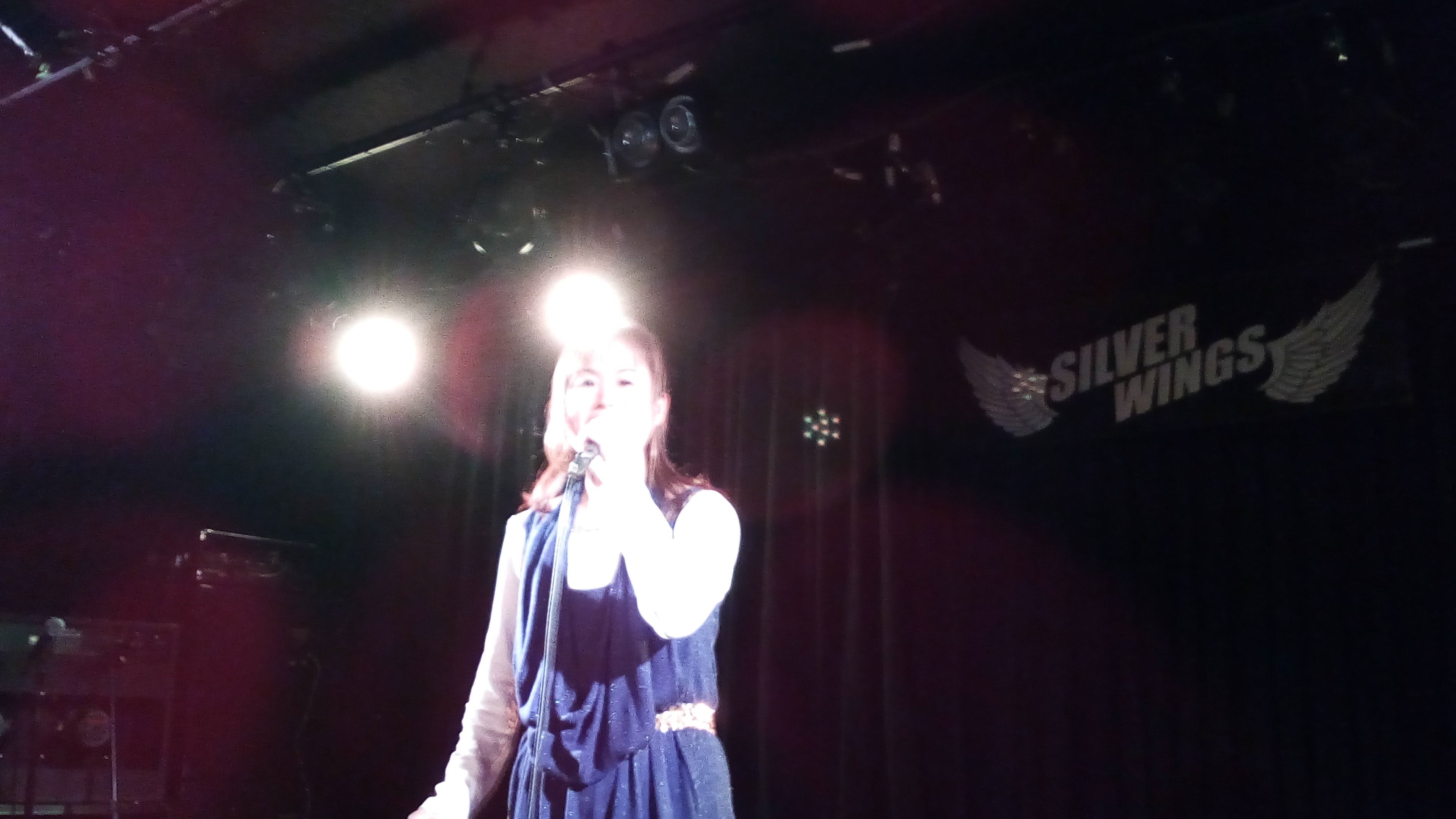 心を込めて歌います!!