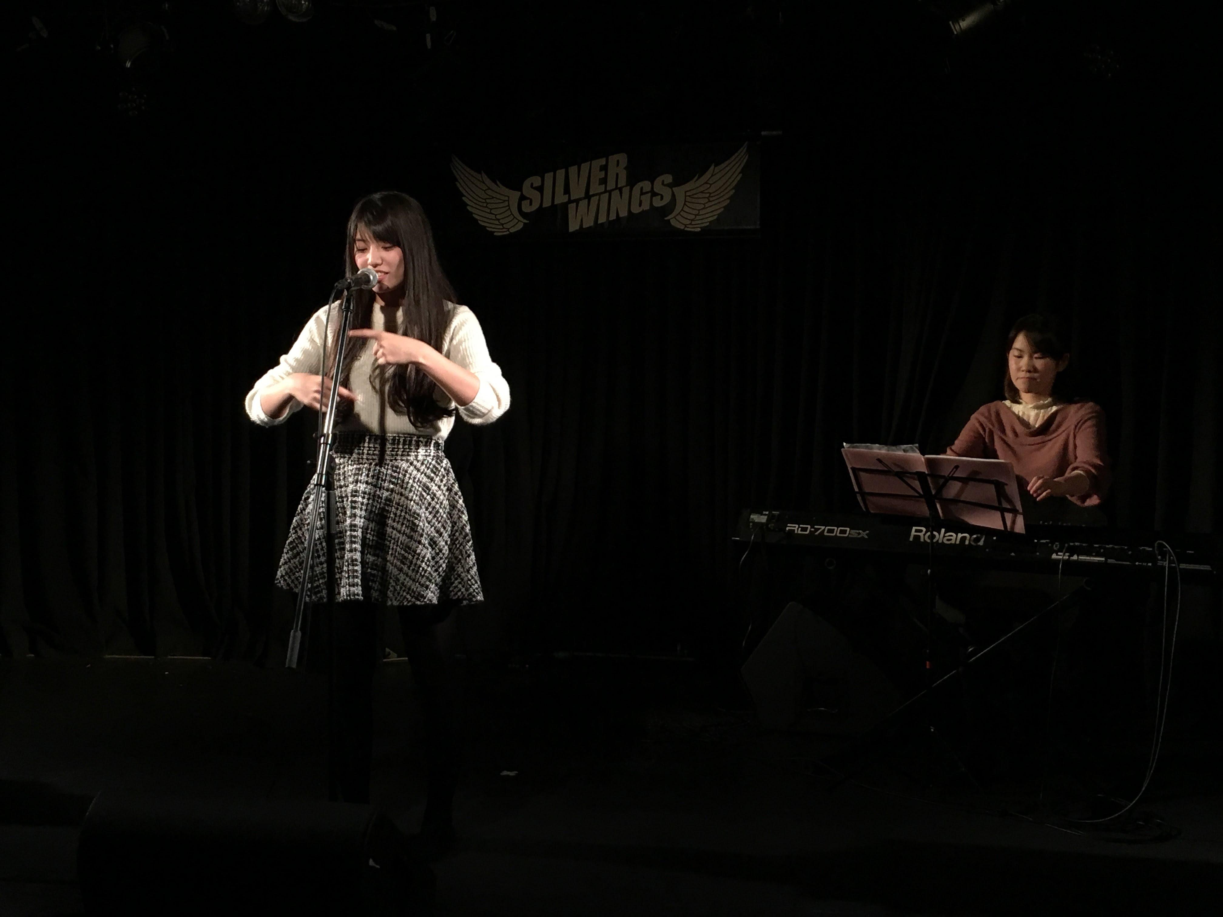 なおちゃんは大学で種手話サークルに所属しています。手話付きで歌ってくれました!!これ、実はなかなか難しいそうです。