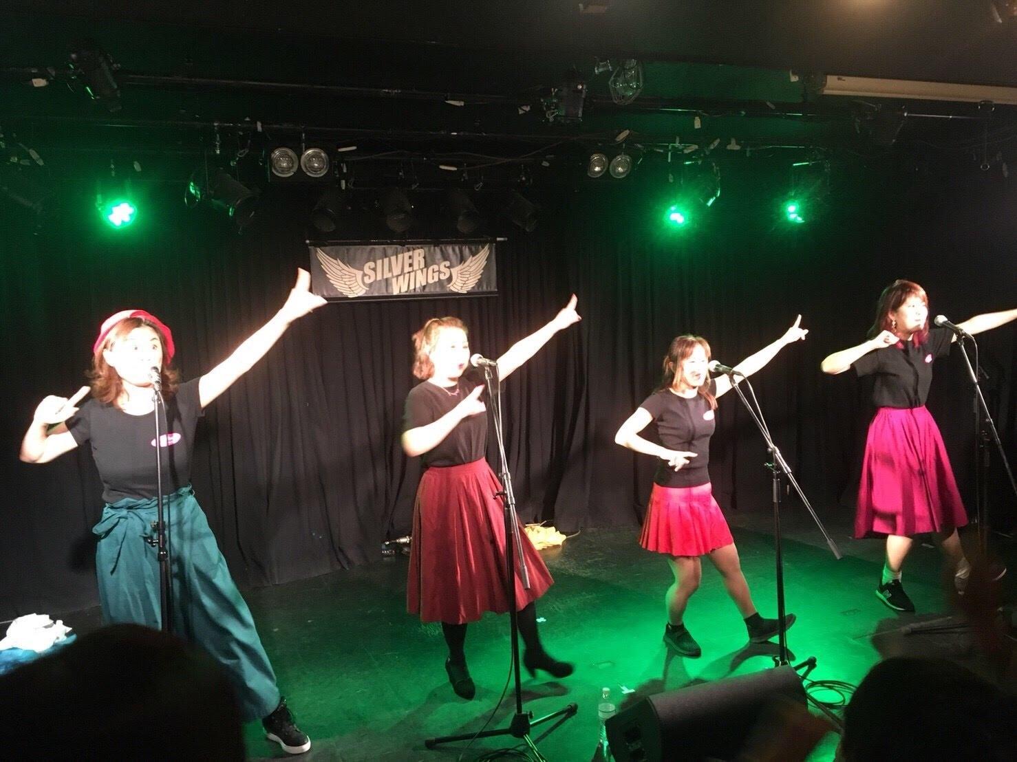 会場の皆様も一緒に踊って歌って超楽しい!!